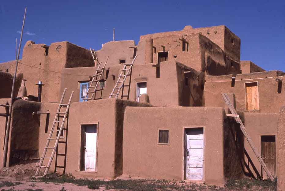 Asa modern concession many houses now have doors for Pueblo home builders