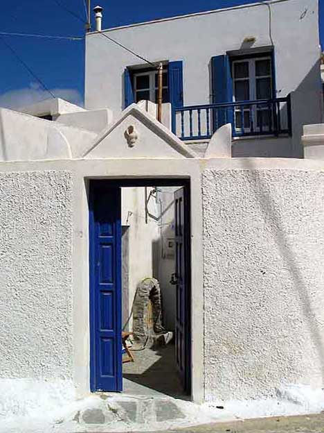 Amorgos for Modern house quintet chora