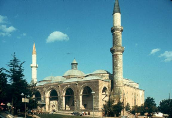 Image019g the construction of the old community mosque of edirne began in 1402 on commission of emir sleyman and was completed under the rule of his brother mehmed i thecheapjerseys Image collections
